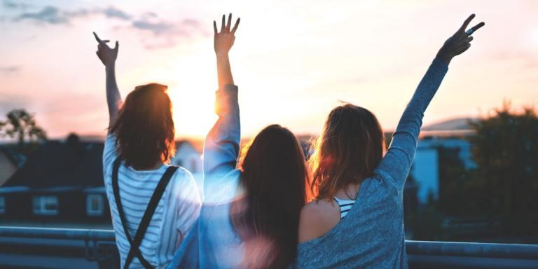 4 Steps To Embracing Sisterhood And Its HealingPowers