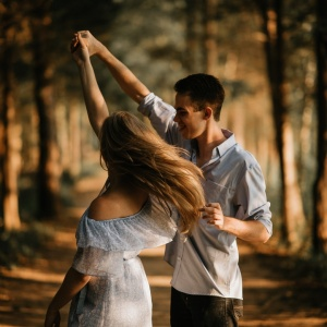 What It's Really Like Being A Hopeless Romantic