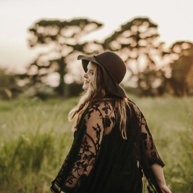 5 Little Ways To Fall Back In Love With Your Life