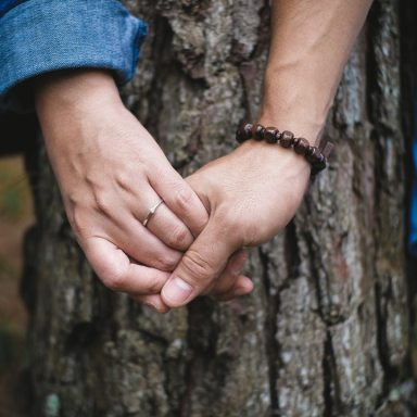Here's How To Use Each Love Language To Help Your Partner With Bipolar Disorder