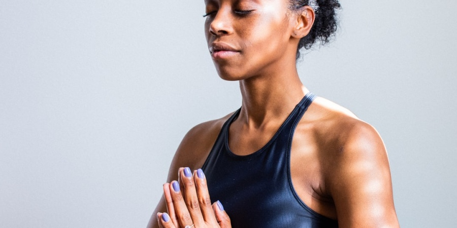 Here's Why It's Time To Start Detoxing Your Mind, Not Just YourBody