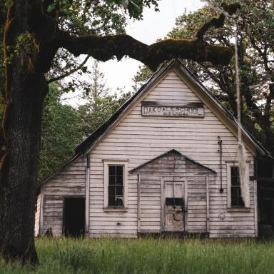 7 Side Effects Of Living In A Haunted House