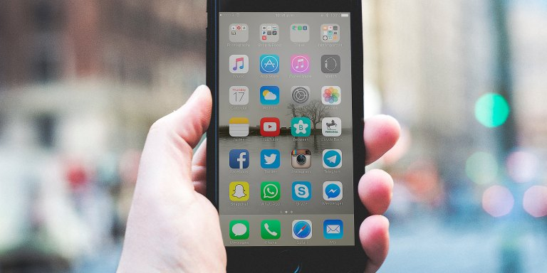 Apple Admitted This iPhone Conspiracy Theory Is 100% True And It Might Be Messing Up YourPhone