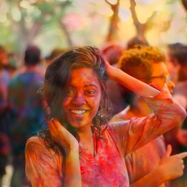 girl blasted at color run