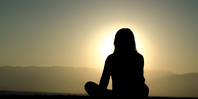 7 Easy Steps To Beginning Meditation And Finally De-Stressing YourLife