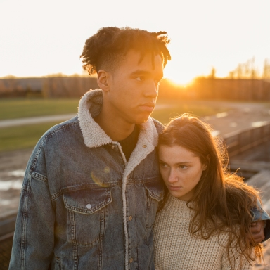 boyfriend consoling girlfriend