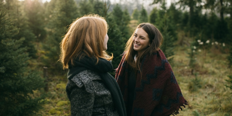 The Secret Reason Your (Pretend) Friend Is Jealous Of You Based On Your ZodiacSign