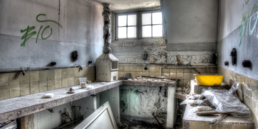 CREEPY: 11 People Describe Why They Never Should Have Entered That Abandoned Building
