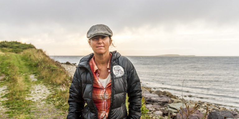 It's Time To Wake Eve: A Feature On Dianne Whelan —The Woman Walking 24,000kms AcrossCanada