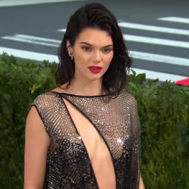 Kendall Jenner Clapped Back At The Haters Who Shamed Her For Having Acne With Positivity