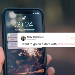 Woman asked a dude out via Twitter