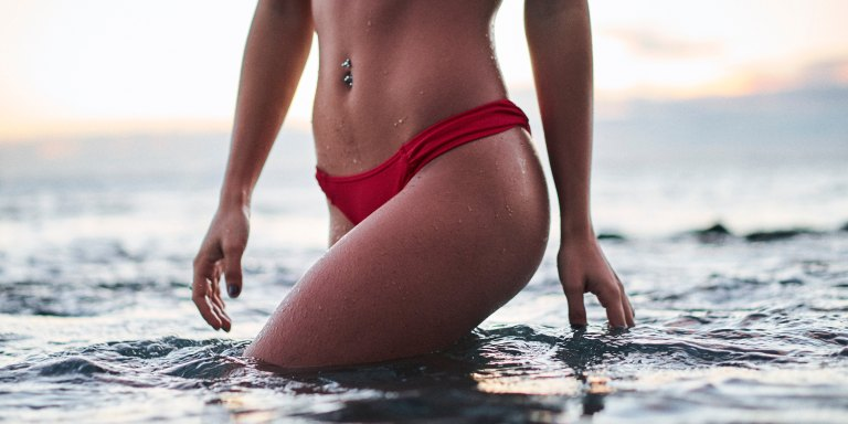 Here's Everything You Need To Know About The 'Bikini Bridge' Before SwimsuitSeason