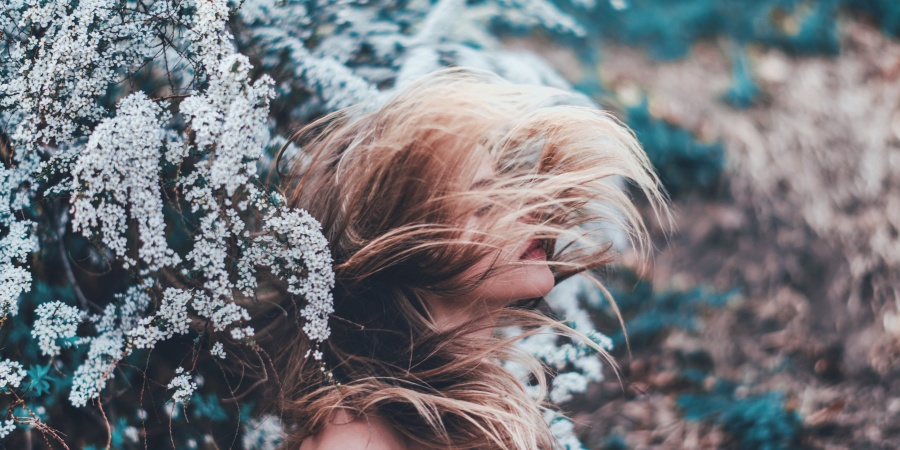 5 Powerful Signs You're A White Witch