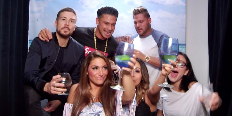Let's Retire The Fist Pump: Why Jersey Shore Really Didn't Need To ComeBack