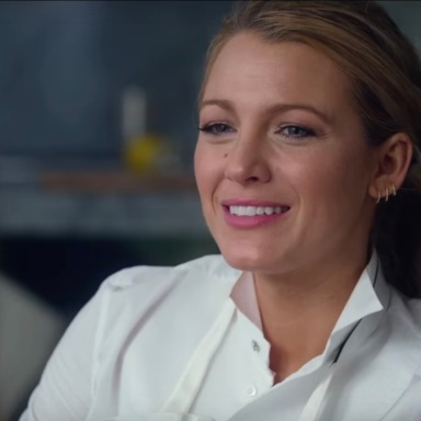 The New 'A Simple Favor' Trailer Shows A Darker Side Of Blake Lively