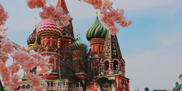 65+ Russian Last Names and Their Meanings