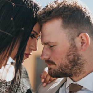 Sorry But These 7 Subtle Signs Mean Your Relationship Is Doomed
