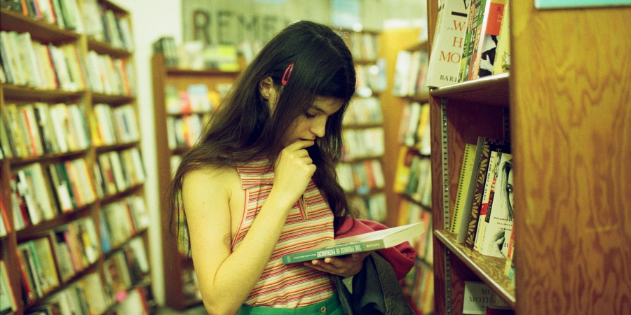 Here Are 16 Reasons Why Everyone Should ReadMore