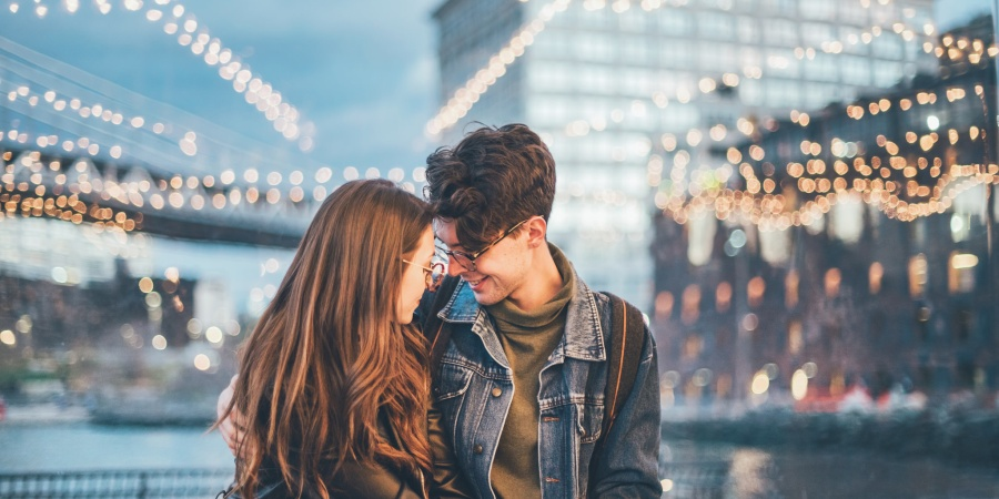 Here's What Kind Of Girlfriend You Are, Based On How You Love