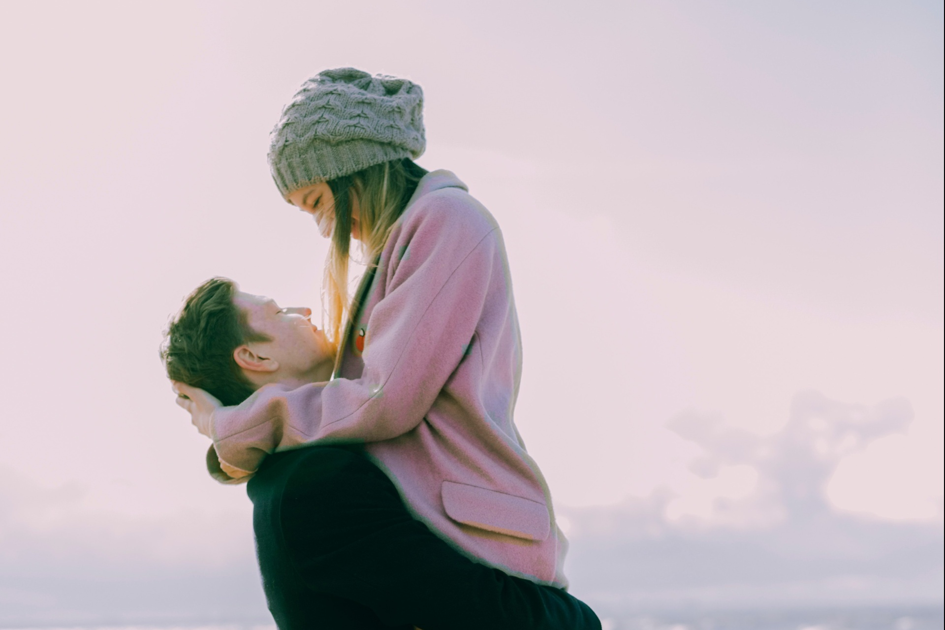 8 Little Ways A Libra Woman Will Capture Your Heart