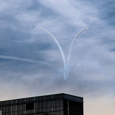Chemtrails Conspiracy Theory: The 'Pro & Con' Arguments