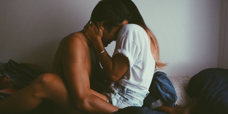 31 Sexy Little Things Women Do That Drive Men Insane WithLust