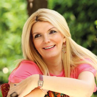 Liza Varvogli