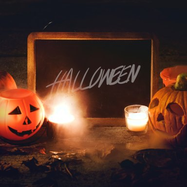 The Halloween Themed Date You Should Take Her On This October (Based On Her Zodiac Sign)
