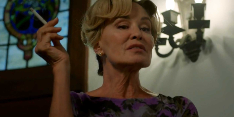 Jessica Lange Is Fucking Back & 14 Other Killer Moments From Episode 6 Of 'AHS: Apocalypse'