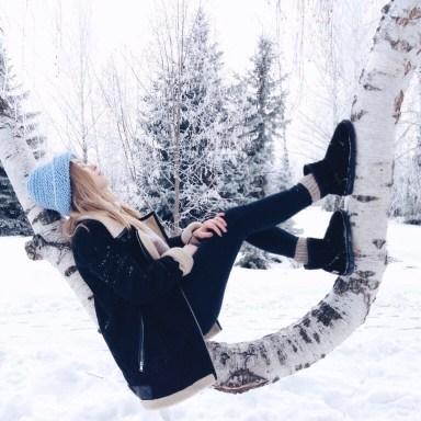 Exactly What You Need  To Let Go Of This December, Based On Your Zodiac Sign