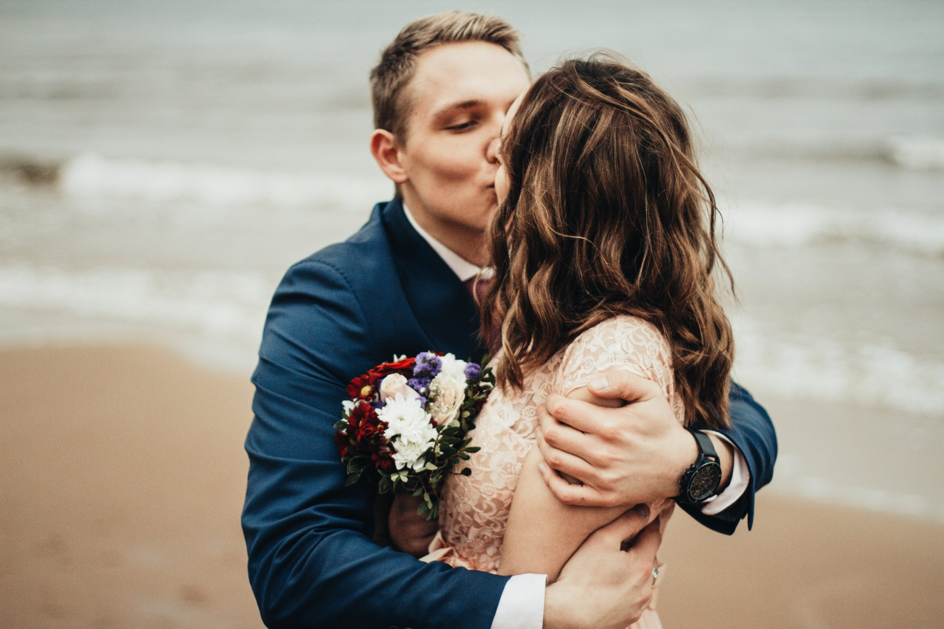 50 Weddings Guests Reveal The Red Flag During The Ceremony That Hinted The Relationship Wouldn't Last