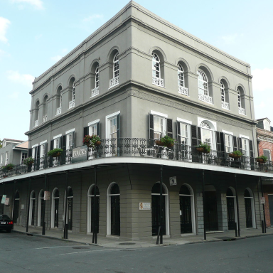18 Dark And Disturbing Facts About Sick Killer Delphine LaLaurie That'll Make Your Skin Crawl