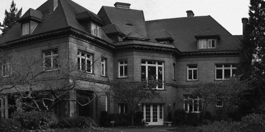 Pittock Mansion: America's Happiest HauntedHouse?
