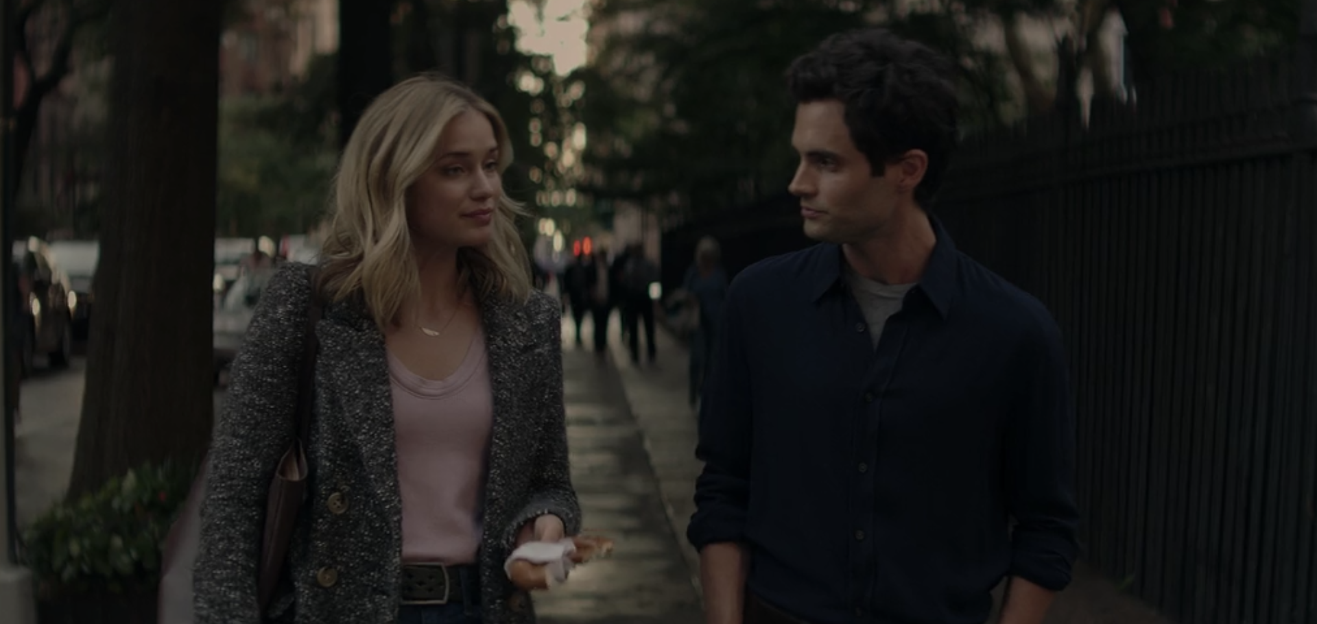 15 Modern Dating Lessons I Learned From Watching 'YOU' On Netflix