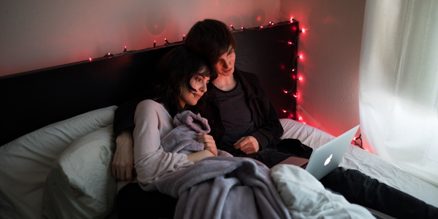 50 Scary Movies To Binge This Valentine's Day As An Excuse To Cuddle