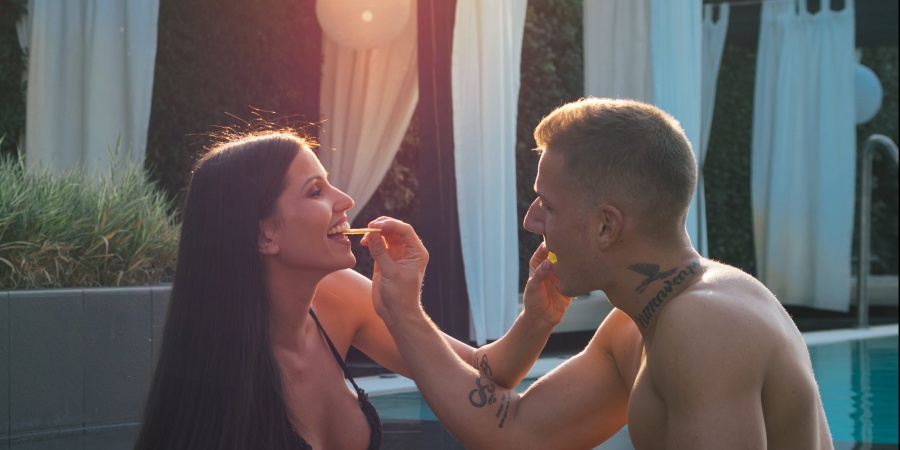 55 Things I Wish I Could Ask The Guy I AlmostDated