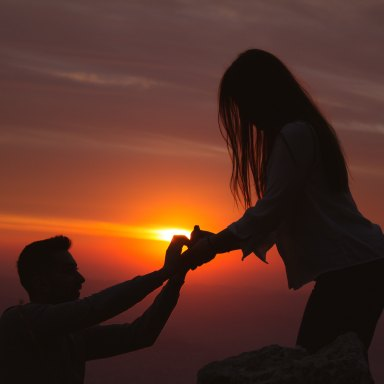 7 Stupidly Simple Things You Should Do As Soon As You Get Engaged