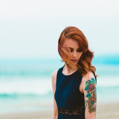 7 Science-Backed Reasons Why You Can't Keep Your Eyes Off Girls With Tattoos