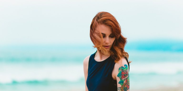7 Science-Backed Reasons Why You Can't Keep Your Eyes Off Girls WithTattoos