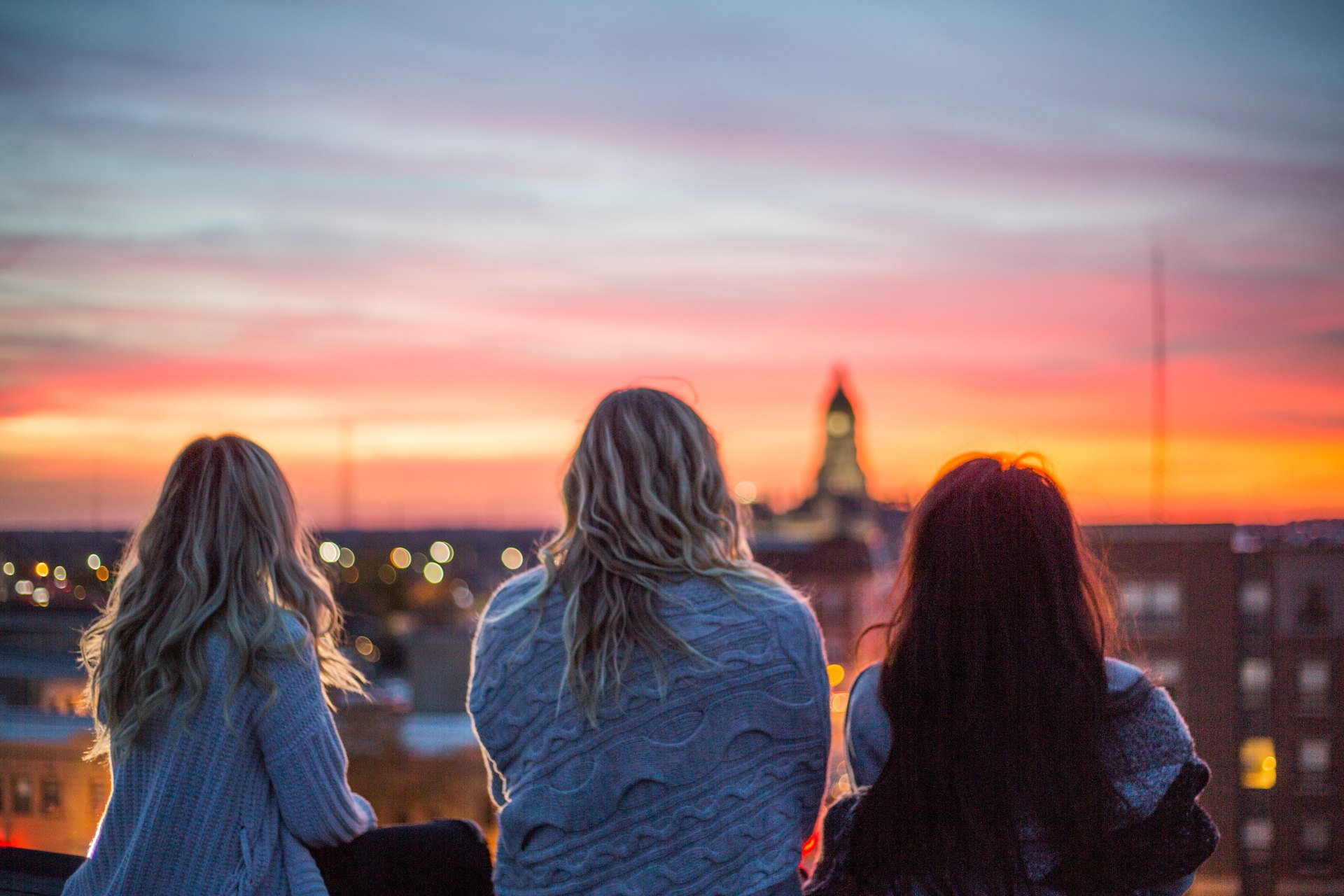 44 Tips That Socially Awkward 20-Somethings Should Use To Make More Friends