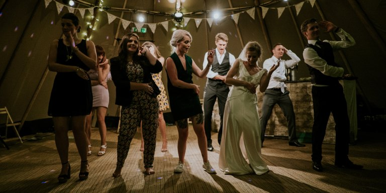 7 Things That Suck About Having A Small, IntimateWedding