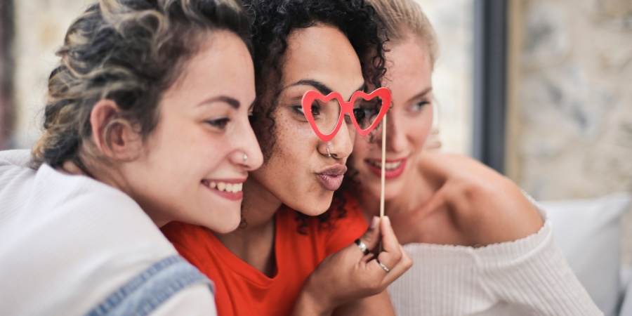 The 4 Types Of Friends You Need In YourThirties