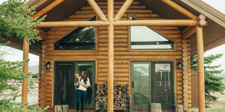 We Gave Up Our Jobs And All Of Our Things To Move To A Little LogCabin