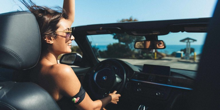 30 Beautiful (But Simple) Ways To Build Up Your Self-Confidence