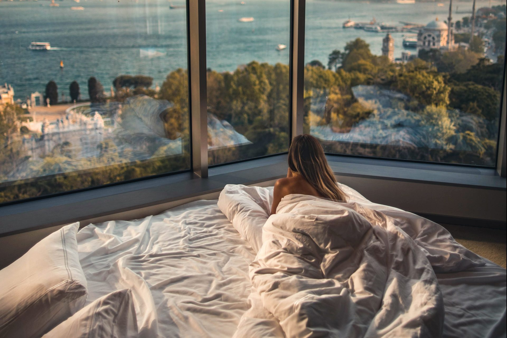 50 Reasons To Get Out Of Bed Today (Even When It's The Last Thing You Want To Do)