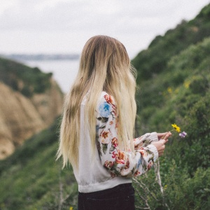 10 Little Habits Most People Don't Realize You're Doing Because Of Anxiety