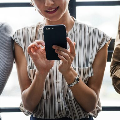 5 Lessons My Phone Taught Me About Relationship Compatability