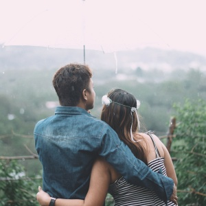 9 Simple But Sweet Date Ideas For A Rainy Summer Day