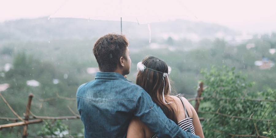9 Simple But Sweet Date Ideas For A Rainy SummerDay