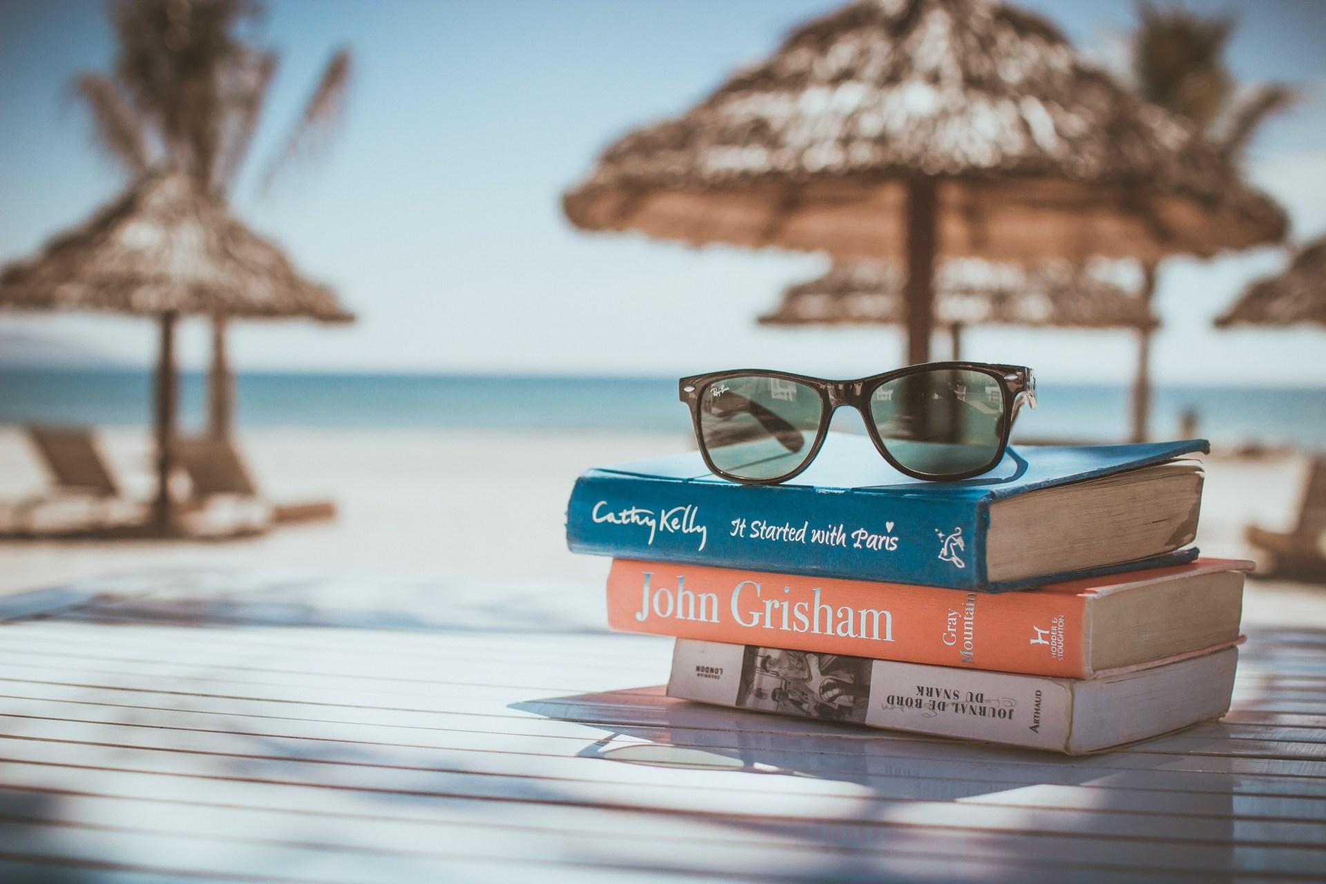 What Each Zodiac Should Read On The Beach This Summer
